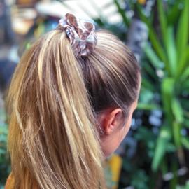 SOFIA scrunchie grande
