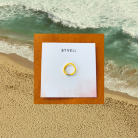 ring x geel