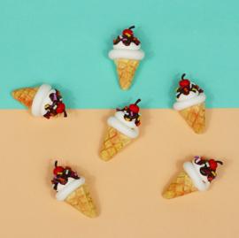 Pin broche - ijsje met kers