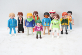 Set van 10 Playmobil poppen - Vrouwen + Meisje