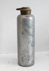 Vintage metalen warmhoud kruik