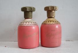 Twee Avon Unforgettable parfum flesjes - Jaren '60