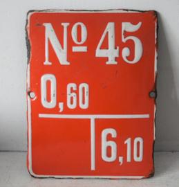 Emaille bollend bordje met verhoogde cijfers - No 45, 0,60 T 6,10