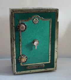 Smith & Johnson sigarenblik in de vorm van een (werkende) kluis
