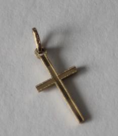 Een 14 karaats gouden kruisje / hanger