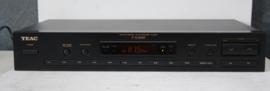 TEAC T-X3000 - AM/FM Digital Synthesizer Tuner