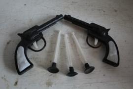 2 Gun Pete dart pistolen, Hong Kong jaren '70 los(3 darts)
