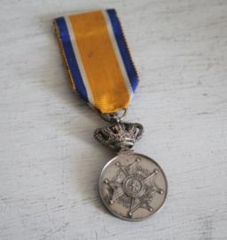 Medaille - Ere medaille Orde van Oranje Nassau - Zilver