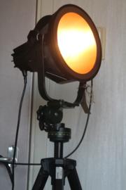 Industriële designlamp op zwart metalen Philips statief (PTP 303)