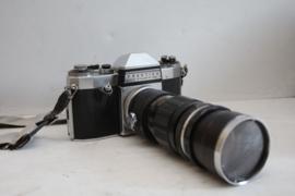 Praktica Nova met Hansa 200mm tele lens