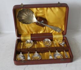 Set dessert lepels in origineel foedraal, Verenigd Koninkrijk ca 1940/50