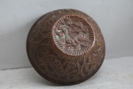 Antiek roodkoperen bakvorm met vogel motief