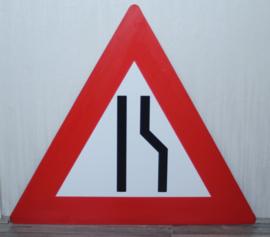 kunststof verkeersbord weg versmalling rechts