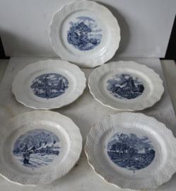 Vijf Franse borden uit de Moulin des Loups Hamage Serie - (Delft blauw)