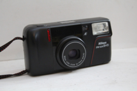 Nikon TW zoom 35 -70 AF analoge lomografie camera