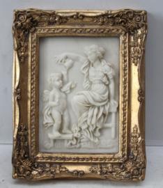Klassieke voorstelling van een vrouw met een engel / putty - Albast