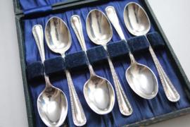 Set van 6 zilveren theelepels - 1918