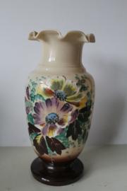 19e eeuwse Opaline vaas - Mondgeblazen en Handgeschilderd