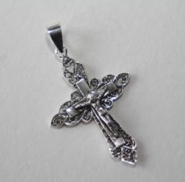 Zilveren filigrein crucifix met Corpus Christie