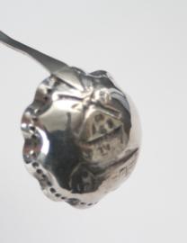 Brandewijnlepel met discuswerper, Nederlands zilver - 1949