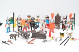 Playmobil Ridders - Partij diverse vintage ridders met accessoires