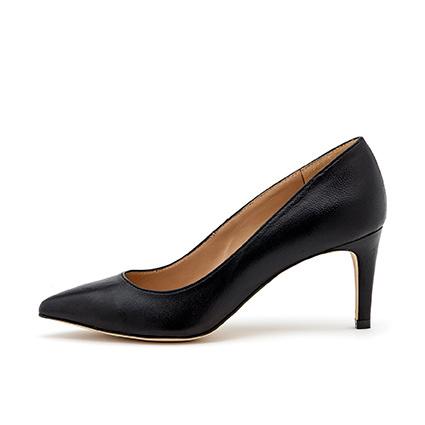 Tale black leather