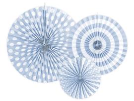 Papieren waaiers lichtblauw