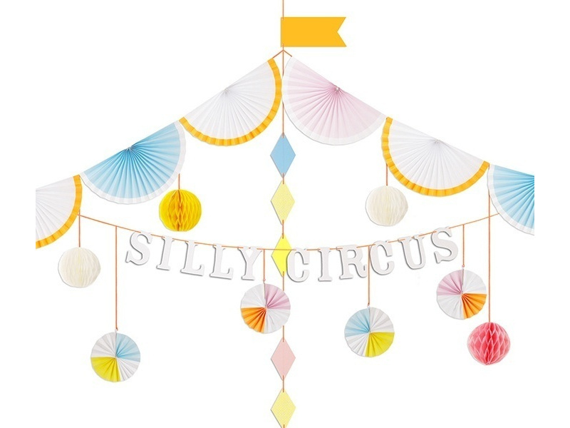 Slinger Silly Circus