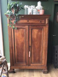 Originele houten Meidenkast