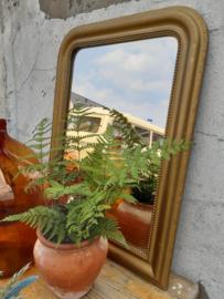 Spiegel met vergulde lijst 95 cm hoog