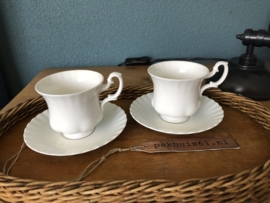 Set 2 kop en schotels wit (Royal Albert)