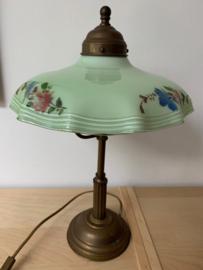Tafellamp gedecoreerd groenglazen kap
