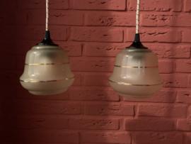 Set hanglampjes met gesatineerd glas