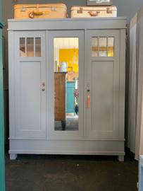 Kledingkast 3-deurs grijs