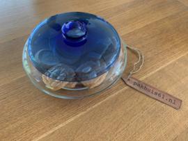 Glazen koekschaal blauw deksel (Leerdam Glas)