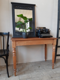 Franse bijzettafel | side table