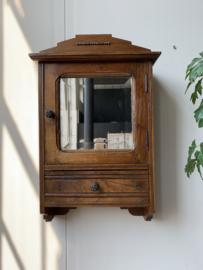 Wandkastje   Spiegelkastje vintage