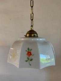 Hanglamp met gedecoreerd glazen kap