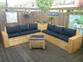 Hoek Loungebank met plantenbak