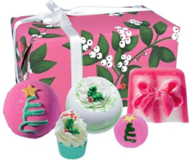 Bomb Cosmetics - Under The Mistletoe Gift Pack