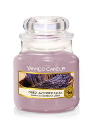 Yankee Candle - Dried Lavender & Oak Medium
