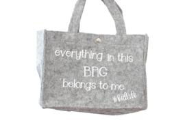 Vilten tas | Everything in this bag belongs to me