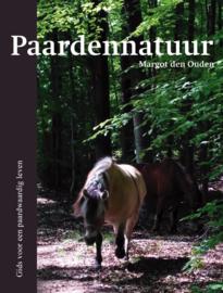 Paardennatuur | Gids voor een paardwaardig leven – Margot den Ouden