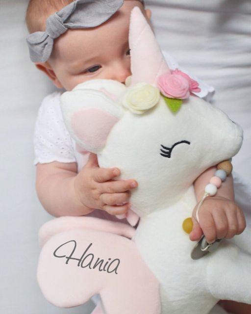 Unicorn wit met bloemen M