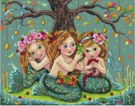 LITTLE GIRLS: MEREMAIDS