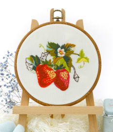 Strawberry - Embroidery (Aardbei)