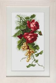 BORDUURPAKKET RED ROSES AND GRAPES - LUCA-S