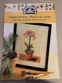DMC Cross Stitch patroon - Balconies in Flower