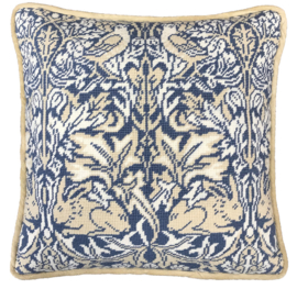 BORDUURPAKKET WILLIAM MORRIS - BRER RABBIT TAPESTRY - BOTHY THREADS