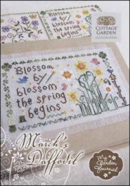 My Garden Journal: Months of the Year - COTTAGE GARDEN